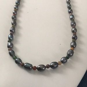 Jewelry - New Black Pearl Necklace